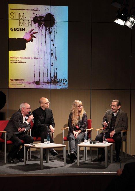 v.l.n.r.: Burkhard Baltzer, Johannes Söllner, Dorothea Ferber, Gernot Tschirwitz Foto: Kerstin Brümmer
